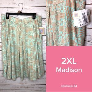 Lularoe 2xl mint green & orange skirt with pockets